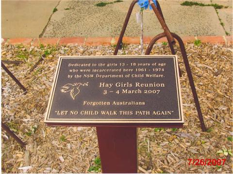 Memorial Plaque for Hay Girls