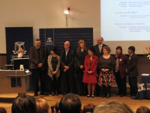 Photo of participants in the Who Am I? project at the Vice Chancellor's Engagement Awards 2010.