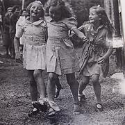 3-legged race, Wanslea, 1940s